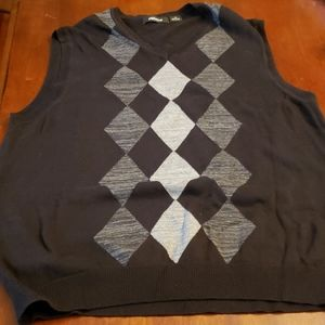 Men's Claiborne Sweater Vest Black/Grey Argyle EUC